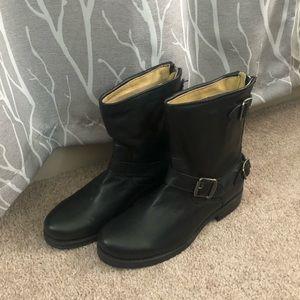 NWT Frye Veronica Zip Moto Boot